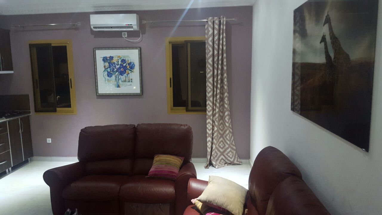 Apartment to rent - Yaoundé, Bastos, dragage - 1 living room(s), 2 bedroom(s), 3 bathroom(s) - 1 500 000 FCFA / month