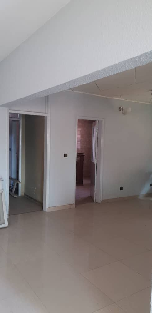 House (Duplex) for sale - Douala, Cite Ubo Palmiers,  - 2 living room(s), 5 bedroom(s), 4 bathroom(s) - 100 000 000 FCFA / month