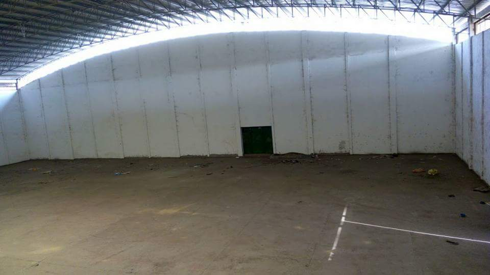 Warehouse to rent at Douala, Akwa I - 2 000 000 FCFA - 500 m2