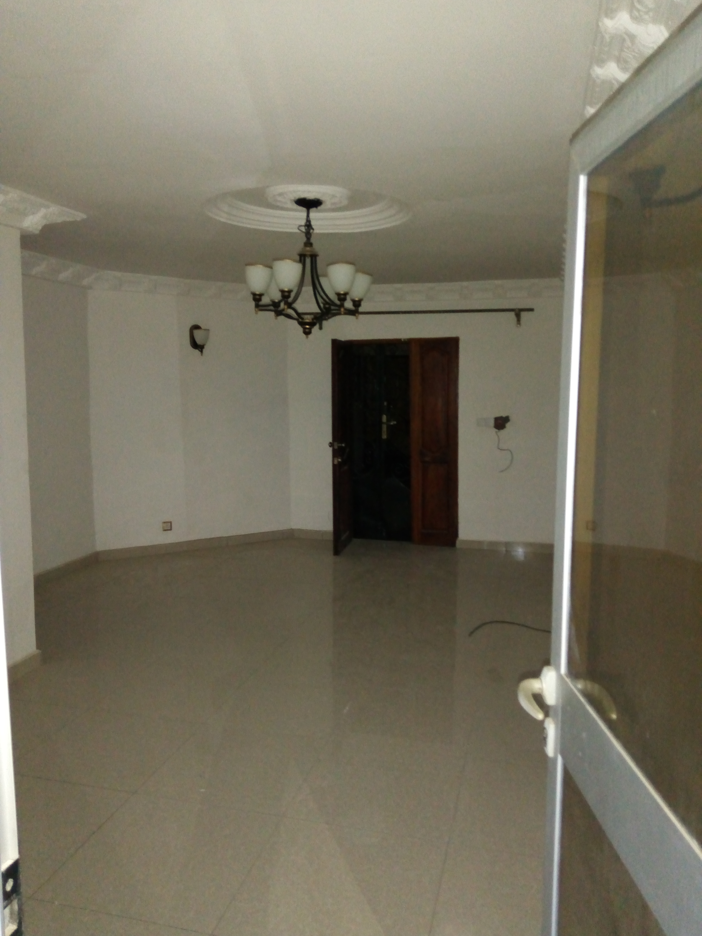 Apartment to rent - Douala, Makepe,  - 1 living room(s), 2 bedroom(s), 2 bathroom(s) - 150 000 FCFA / month