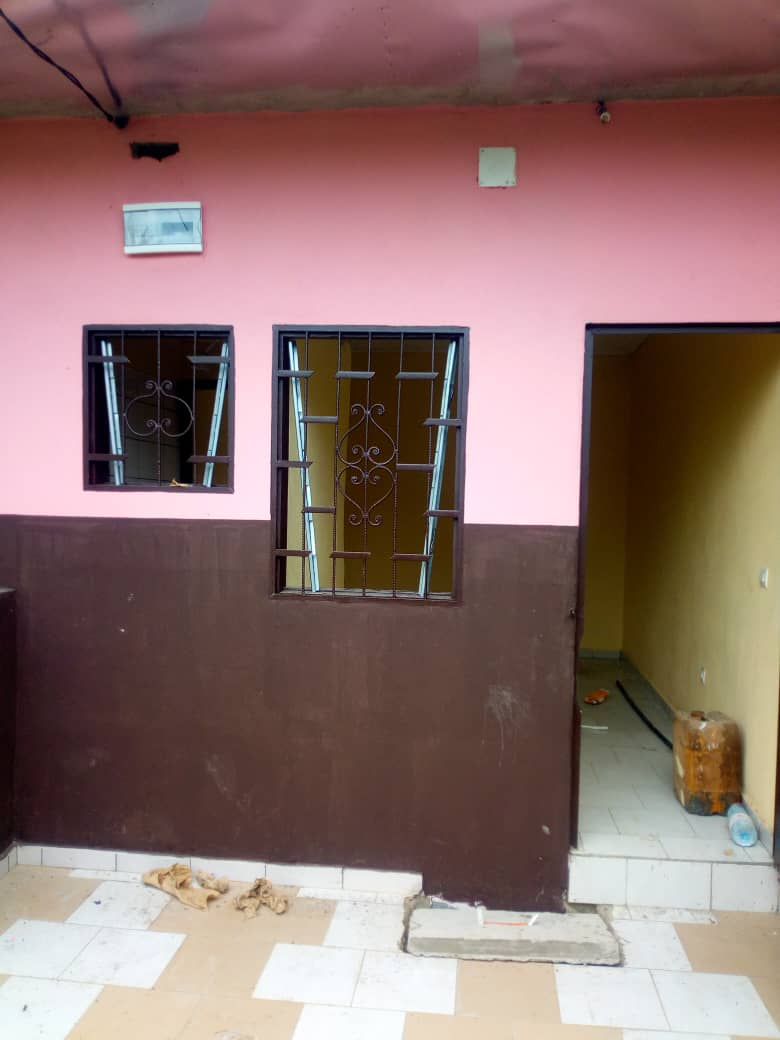 Studio to rent - Douala, Logbessou I,  - 20 000 FCFA / month