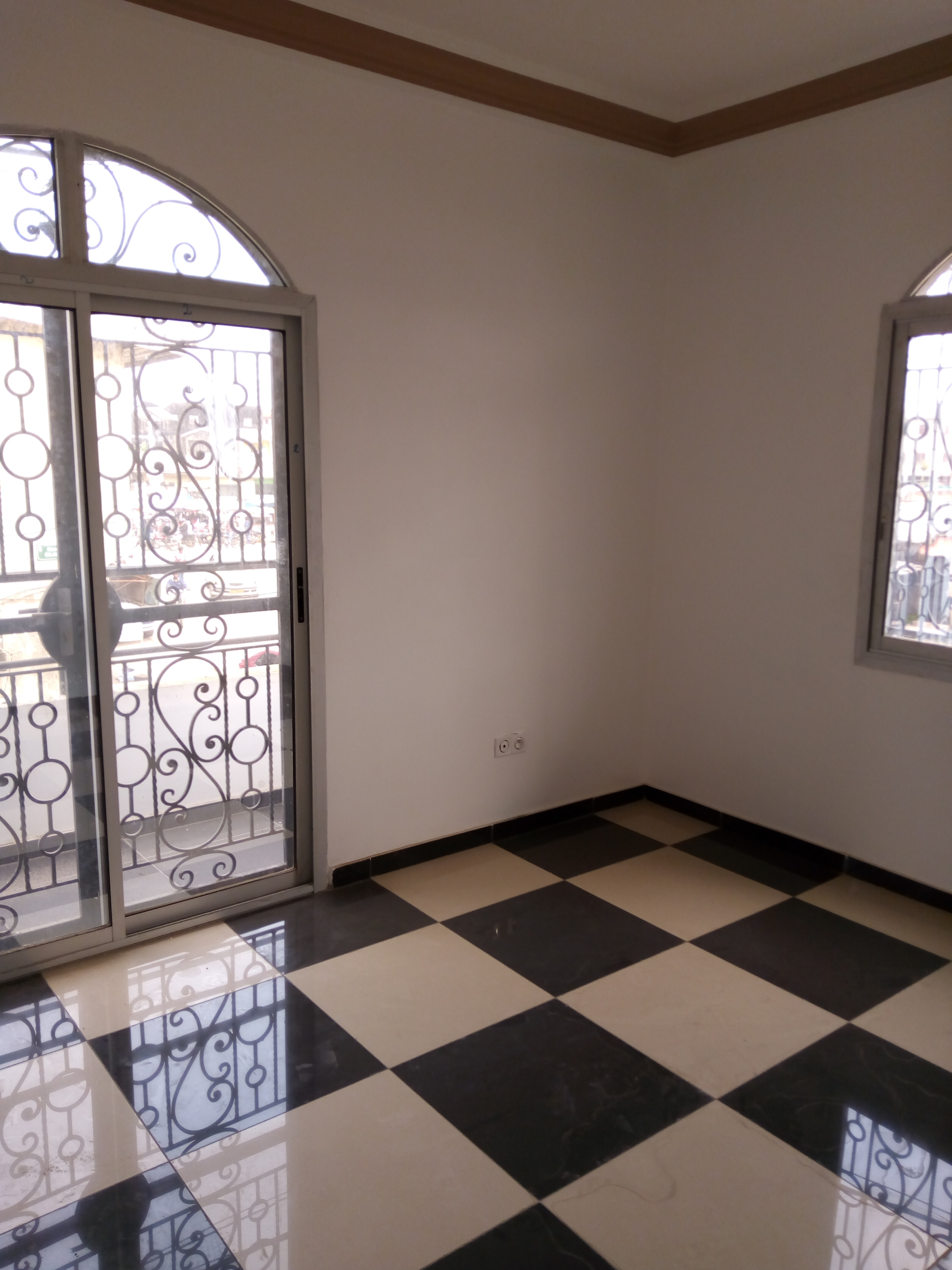 Apartment to rent - Douala, Makepe,  - 1 living room(s), 2 bedroom(s), 2 bathroom(s) - 200 000 FCFA / month