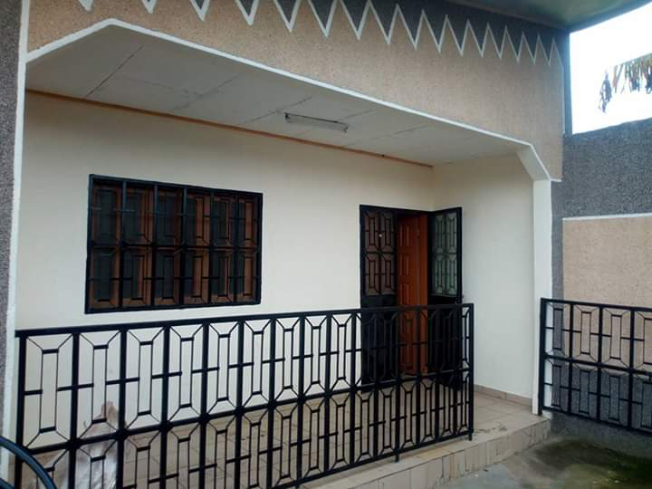 Apartment to rent - Douala, Logpom,  - 1 living room(s), 2 bedroom(s), 1 bathroom(s) - 75 000 FCFA / month