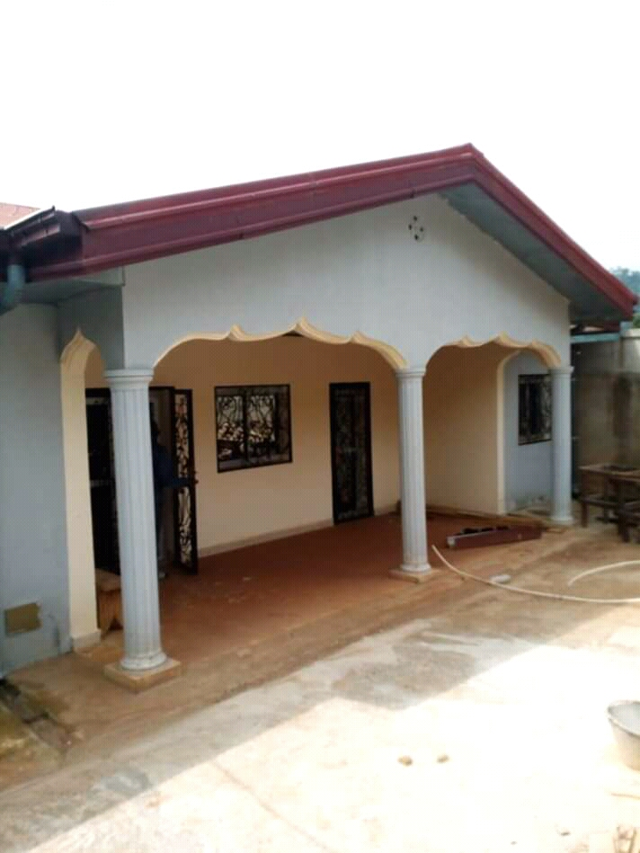 House (Villa) to rent - Yaoundé, Mbankolo, Zone Maetur - 2 living room(s), 4 bedroom(s), 4 bathroom(s) - 300 000 FCFA / month